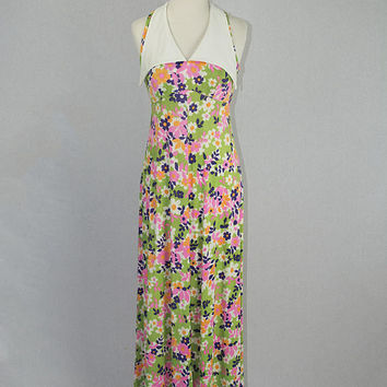 Vintage 70s Maxi Dress Flower Power Cutie Pie with Wide White Collar Summer Love!