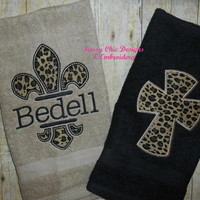 Animal Print Bathroom Hand Towels/Boutique Style HandTowels/Wedding Gift/Fleur de Leis/Leopard Print Hand Towels/Personalized Hand Towels