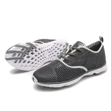 Men Drainable Sole Upstream Water Shoes