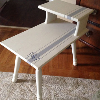 Vintage Side Table/End Table Hamd Painted Annie Sloan Old White/Paris Grey In Grainsack Design
