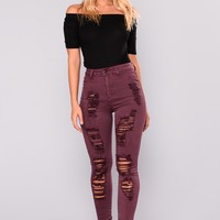 Scotty Distress Jeans - Burgundy