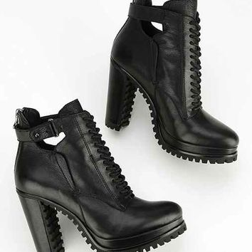 Dolce Vita Daytona Treaded Platform Ankle Boot- Black
