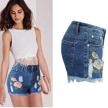 Hot sale fashion embroidery show thin Rural wind shorts