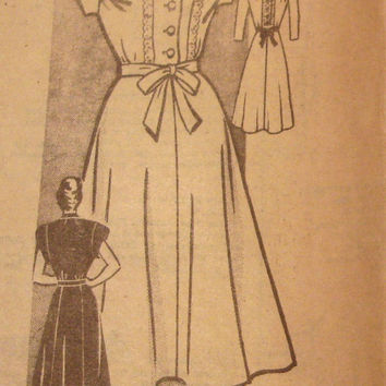 1940s Tea Dress Sewing Pattern Marian Martin 9398 Bust 40 Bodice Interest