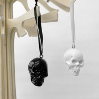 Skull Set 2 Skulls Human Skull Ornament Gothic by hodihomedecor