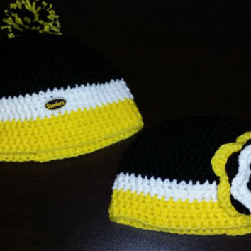Free Shipping Crochet Steelers Hats / Football Team Beanie / Pittsburgh Steelers / Black and Gold Made to Order