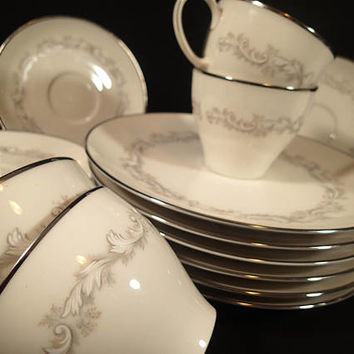 Noritake Ivory Marquis 7540 luncheon set, 6 cups, saucers and luncheon plates, Vintage fine china, Mid Century dinnerware 1965 - 1974