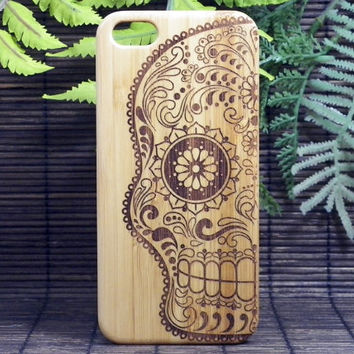 Sugar Skull iPhone 5 5S Case. EcoFriendly Bamboo Wood Cover. Artistic Day of the Dead Mexican Calavera Catrina Dia De Los Muertos