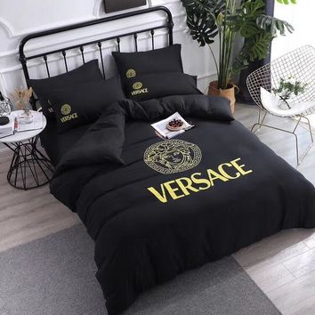 Black Versace Home Blanket Quilt coverlet 2 Pillows Shams 4 PC Bedding Set
