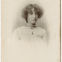Cabinet Card Photo Edwardian Young Pretty Woman, Love Heart Pendant, Pearl Necklace Portrait - J Long of Portsmouth England - Antique Photo