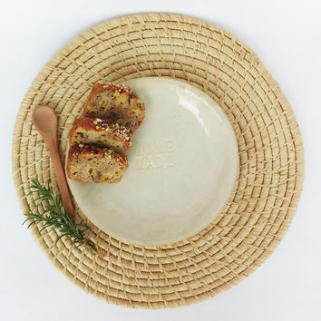 Large pottery serving plate , Handmade serving ceramic dish, Pottery dinnerware , Clay tableware , Home made dish