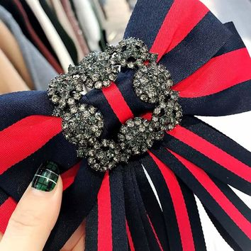 Vintage Fabric Bow Brooches for Women Neck Tie Imported Material Wedding Party Accessories High Quality Clothing Accessories-018