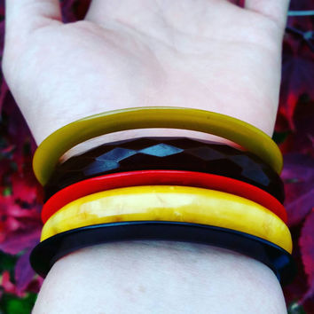 BAKELITE Bangle// Butterscotch////Chocolate carved// Faceted Bakelite// Bakelite stack// Bakelite slices//Saucer bangles// TESTED.