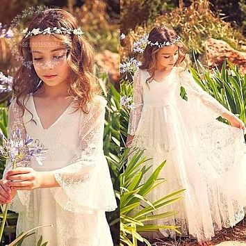 2017 White Bohemian Lace Princess Flower Girls Dresses for Country Weddings Sheer Long Sleeves First Communion Dress For Girls