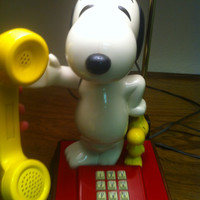 Vintage Snoopy woodstock telephone with attached lamp