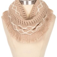 Diamond Patterned Knit Frayed Edge Infinity Chunky Scarf