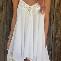 White Spaghetti Strap Sleeveless Backless Dress with Lace