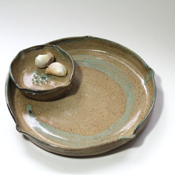 Handmade Chip and Dip Serving Set, Garlic Olive Oil Dipping Pottery Plate and attached Bowl, Appetizer Serving Set