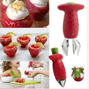 1 PCS Fashion Funny Strawberry Stem Leaves Huller Remover Removal Fruit Corer Creative Stuff Kitchen Gadgets Tools