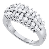 10k White Gold 0.88 Ctw Diamond Fashion  Wedding Ring Band: Ring