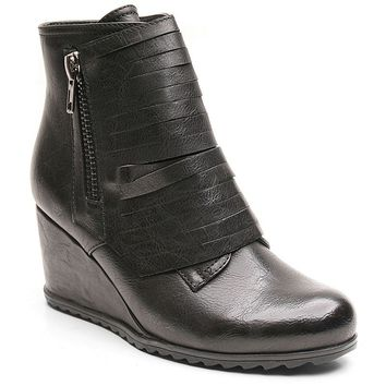 2 Lips Too Too Neve Women's Wedge Ankle Booties