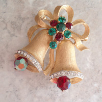 Weiss Bells Brooch Pin Gold Tone Rhinestones Articulated Green Red Crystal Vintage 082314GL