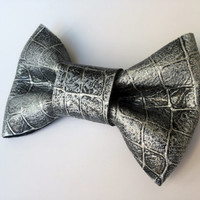 Leather Painted Bow Tie Silver Black Dickie Bow Bowtie Real Leather Necktie Wedding Groomsmen Man Men Lady Gift BowTie4You