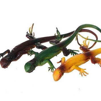 Reptile Lizards Figure Rubber Practical Joke Prank Gag Animal Toys April Fool's Day Halloween Party Bag Filler