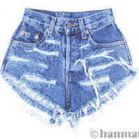 ALL SIZES RAGGED Vintage Levi highwaisted denim by Hanmattan