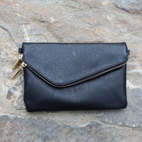 Zipper Me Up Clutch-Black