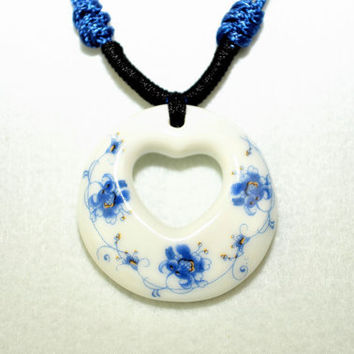 Ceramic jewelry white porcelain pendant necklace heart broken china necklace oriental style flowers pattern