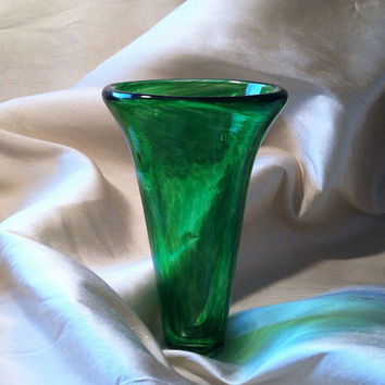 Tulip Vase, Hand Blown Glass in Vivid Emerald Green. Perfect for St. Patrick's Day