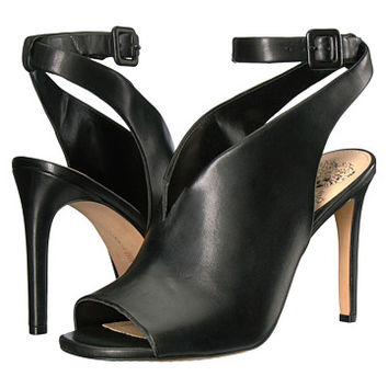 Vince Camuto Caira