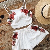 Embroidery Flower Fashion Shorts Strap Vest Set Two Piece