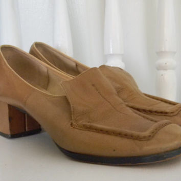FREE usa SHIPPING vintage Life Stride Loafers caramel brown sweet lolita chunky heel lolita fashion size 7 1/2