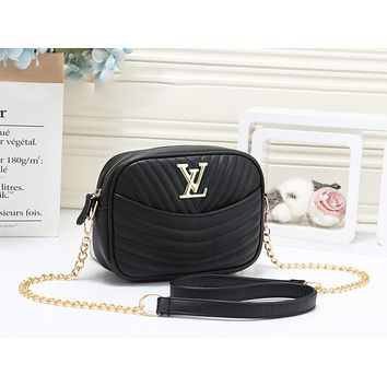 LV Louis Vuitton New fashion leather chain shoulder bag women Black