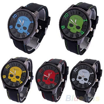 2016 Hot Sale Men's Fashion Cool Sports Style Wristwatch Silicon Skull Punk Quartz Wrist Watch Cool Watches for Young