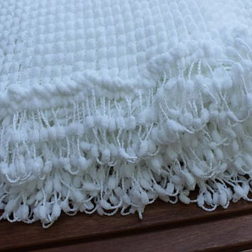 Baby Shower Gift - Pram Blanket - White Baby Blanket - Baby Boy  & Baby Girl - Knitted Handmade Super Soft Crib Blanket - Photography Prop