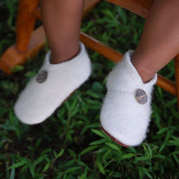Baby Shoes, Toddler Slippers, from Reclaimed Materials, size 0-12 months, Sleigh Ride