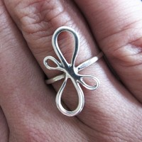 Bow Ring, Sterling Silver, Handcrafted, Ribbon, Loop, Elegant, Wedding. VICTORIAN RIBBON RING.
