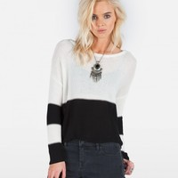 FRONT ROW SWEATER