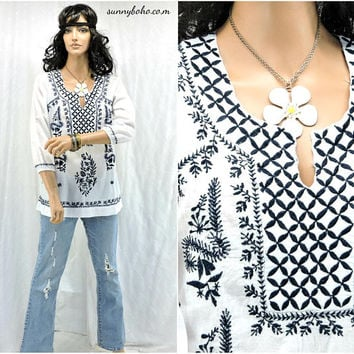 Ethnic Indie tunic top / size S / boho embroidered kaftan top / blouse / hippie white cotton tunic top / SunnyBohoVintage