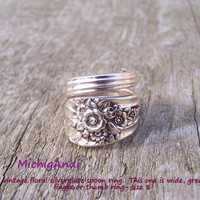 Wide floral vintage spoon ring size 8 by MichigAndi on Etsy