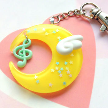 Yellow Fairy Kei Moon Keychain With Kawaii Angel Wing and Music Note, Magical Girl Moon Necklace, Mahou Kei Jewelry, Resin Moon Bag Charm