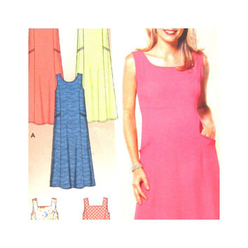 Simplicity 5623  Uncut  Pattern Misses Pullover Dress Jumper XS S M L XL Easy English French Spanish