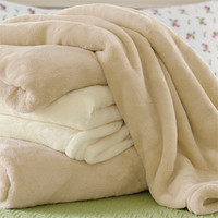 Softest Blanket and Throw / The Softest Blanket and Throw Ever -- Orvis