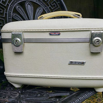 Vintage American Tourister Tri Taper White Train Case with Burgundy Satin Lining