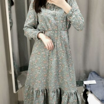 Lace-up floral print long dress