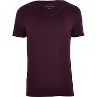 River Island MensDark purple low scoop t-shirt