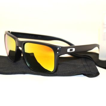 Oakley Holbrook Mens Sunglasses - Mirrored Reflective Colored Lens Cleaning Kit